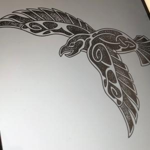 tatouage corbeau dotwork celtique